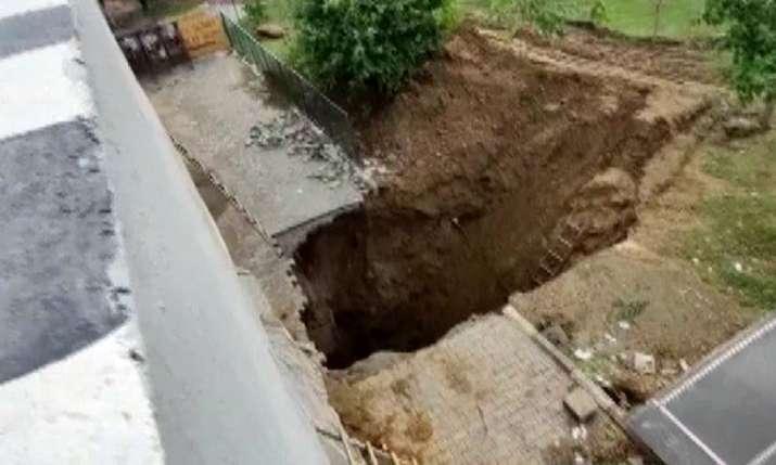 Gurugram flyover collapse