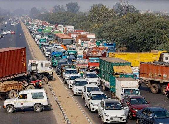 SC asks Centre to find a solution to blockade of roads in