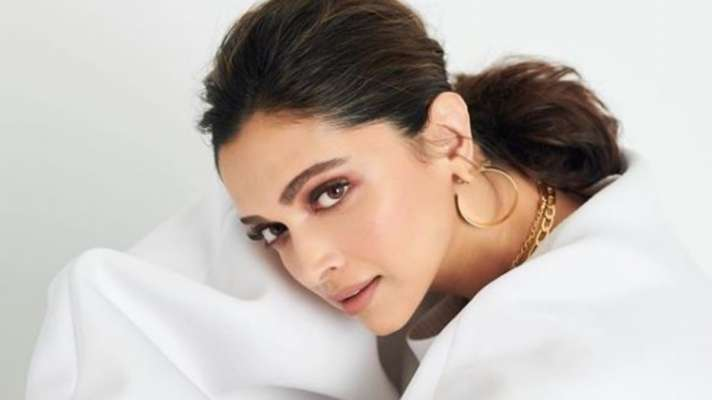 Deepika Padukone to star in STXfilms and Temple Hill cross-cultural romantic comedy
