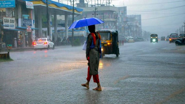 Heavy rains in Kerala, IMD issues orange alert for 9 districts