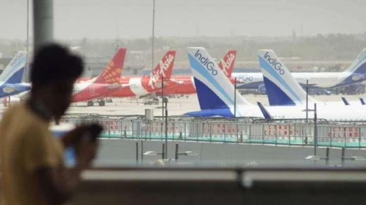 AirAsia, IndiGo,AirAsia India, IndiGo flights came within 8 km,mumbai atc, atc, air traffic controll