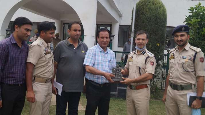 India Tv - 1200-year-old sculpture of Goddess Durga recovered in Bugdam