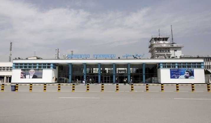 US warns of credible threat at Kabul airport, urges