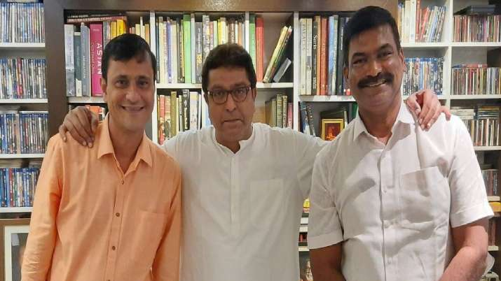 Case registered against MNS leaderSandeep Deshpande