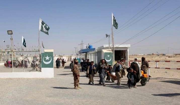 Imran Khan govt must resolve Tehreek-e-Taliban issue in