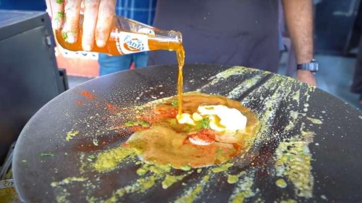 Surat shop sells Fanta omelette; foodies wonder 'why' | WATCH