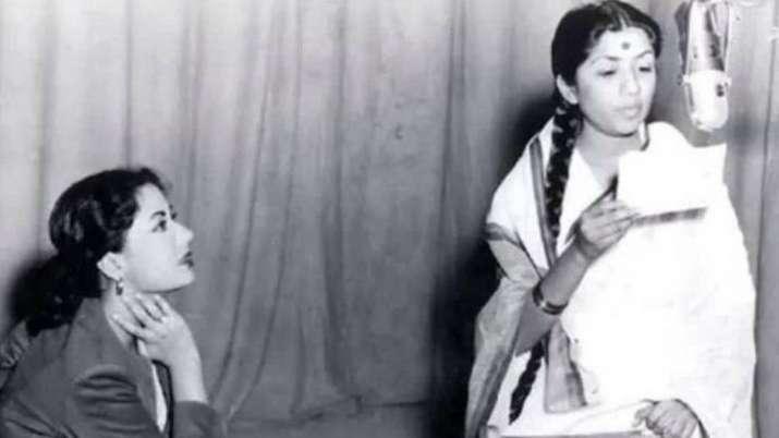 Lata Mangeshkar remembers 'tragedy queen' Meena Kumari on her birth anniversary