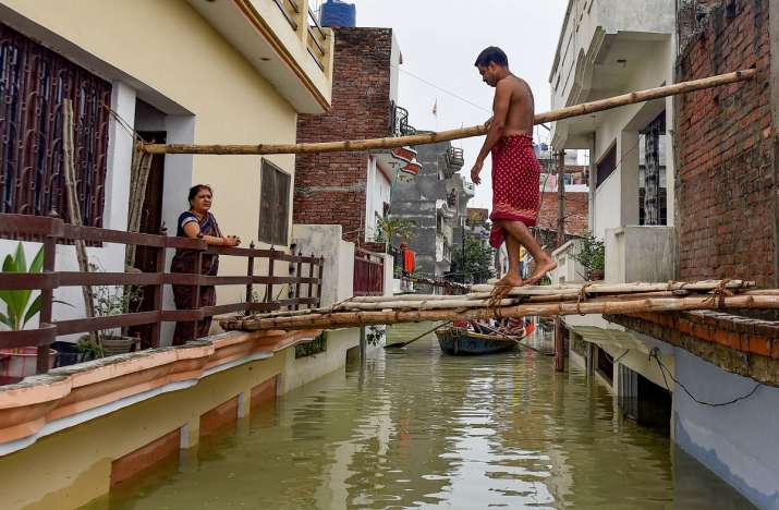 up bihar floods, ganga yamuna levels rise, monsoon 2021
