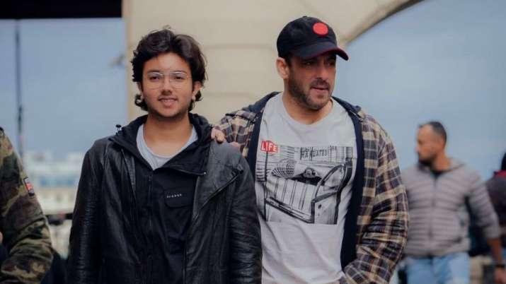 Salman Khan shares photo with his 'bhatija' Nirvan