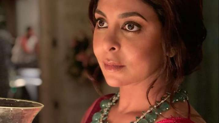 Shefali Shah wraps up 'Doctor G' shoot, says 'yet another journey comes to an end'