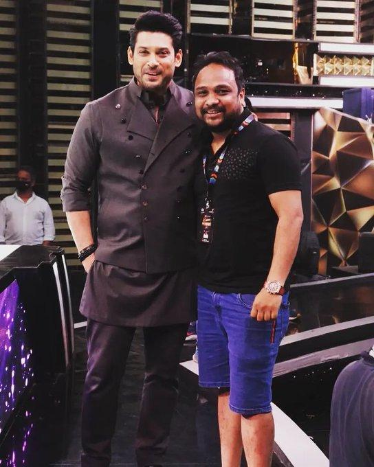 India Tv - Sidharth Shukla on Dance Deewane 3 sets