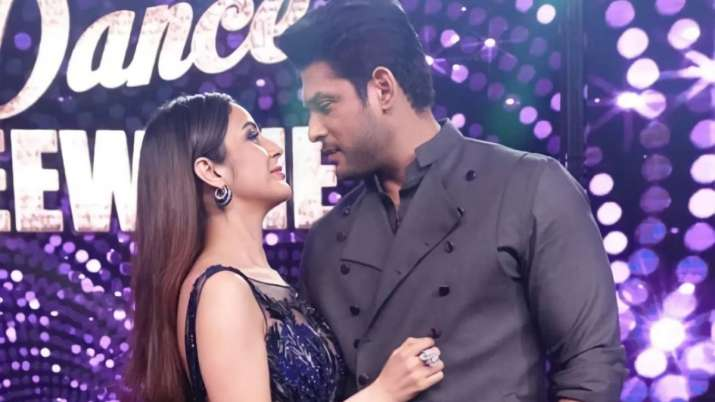 Sidharth Shukla defends rumoured girlfriend Shehnaaz Gill over fan wars, says 'don't need to shame her' | Celebrities News – India TV