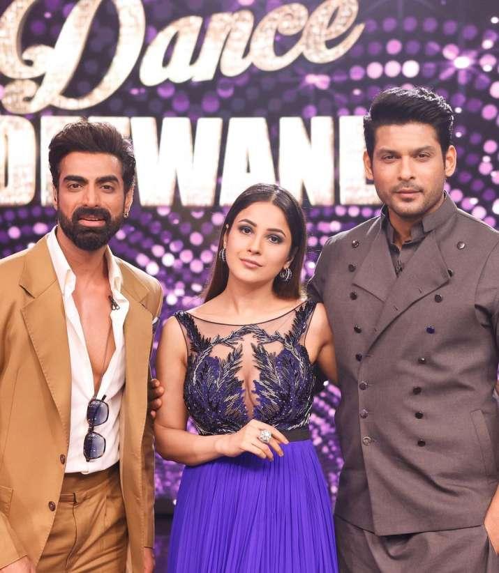 India Tv - Sidharth Shukla and Shehnaaz Gill grace Dance Deewane 3