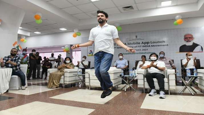 anurag thakur, skipping, skipping skills, anurag thakur skipping, app launch, fit india, delhi, anur