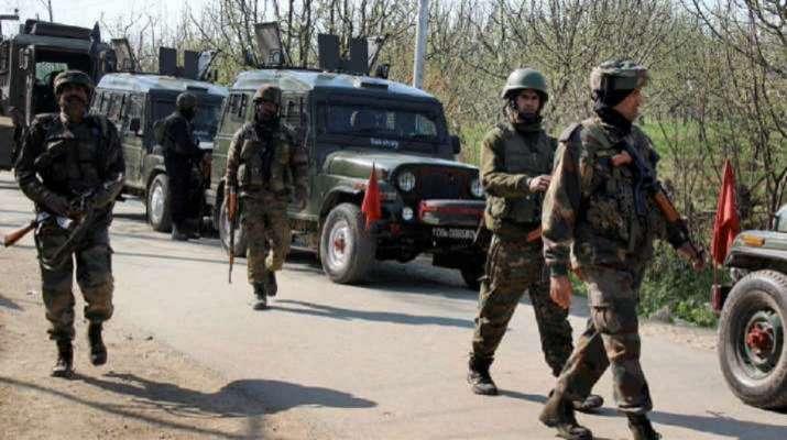 Jammu and Kashmir: Terrorists attack BSF convoy in Kulgam   India News – India TV
