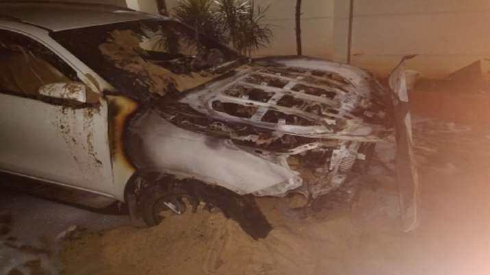 Bengaluru, two luxury cars, parked cars, BJP MLA Satish Reddy, satish reddy house, cars torched, mis
