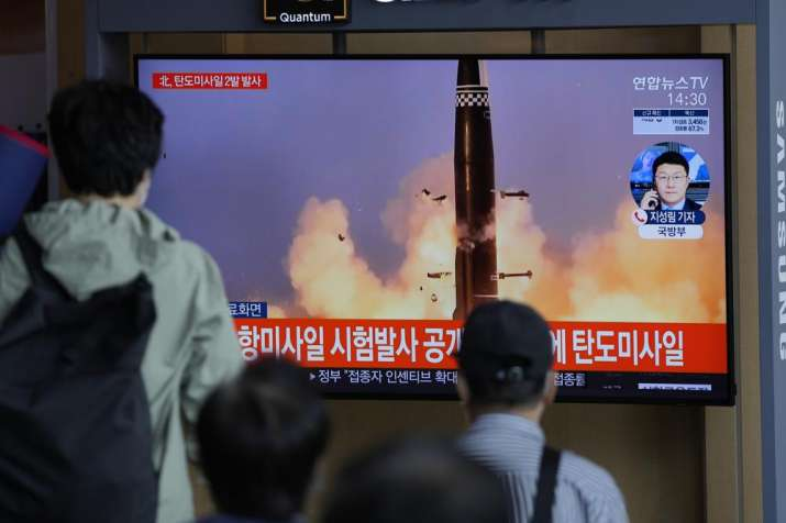 South Korea carries out its first underwater-launched missile test, hours after North Korean launches
