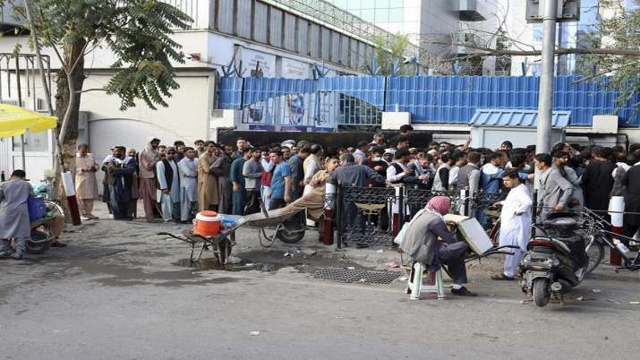Afghanistan on verge of economic collapse as cash crisis continues