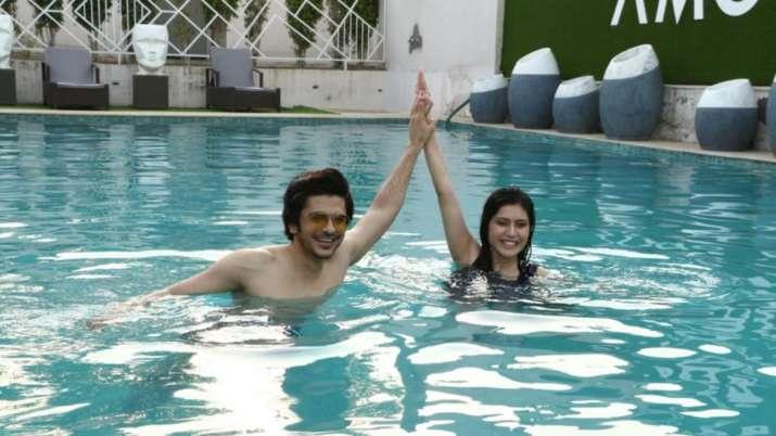 Aishwarya Raj Bukhani, Shoib Ali all set to sizzle in Pyaar Tune Kya Kiya's new episode