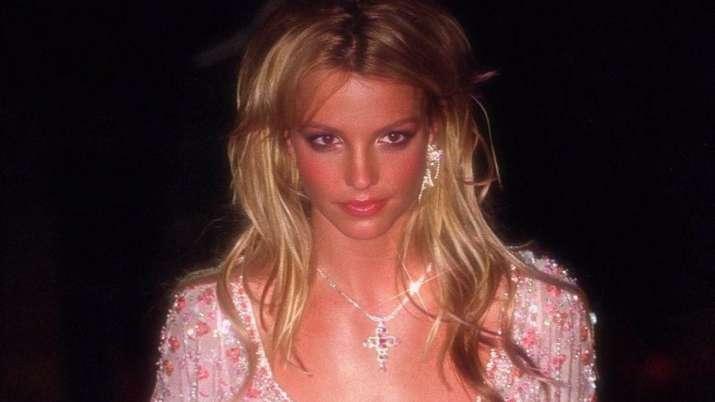 Britney Spears returns to Instagram after 6 days