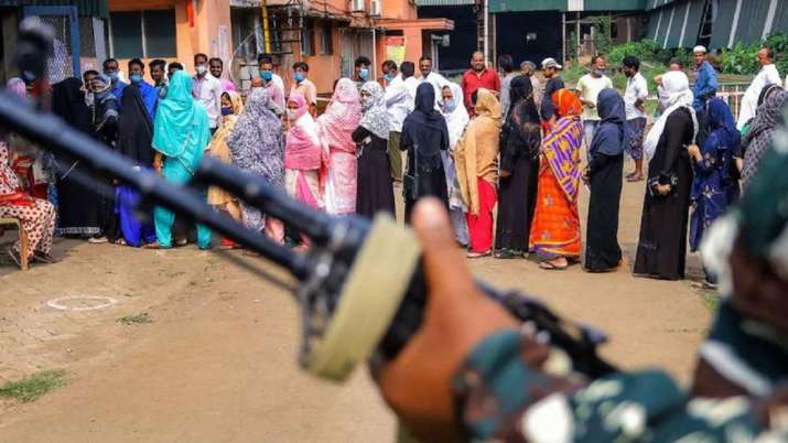 Bengal by-polls: BJP delegation to meet ECI over violence, other issues