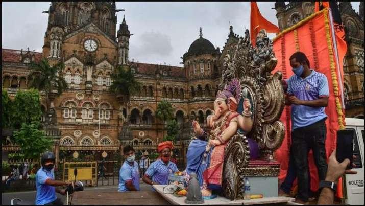 Mumbai Ganeshotsav guidelines: BMC bans physical darshan,