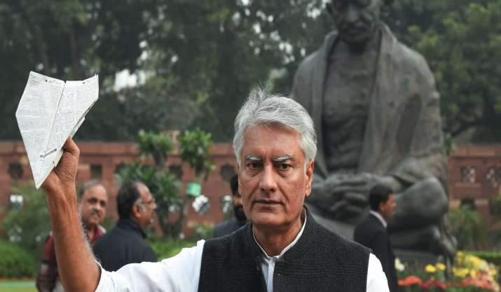 Sunil Jakhar frontrunner to replace Amarinder Singh as