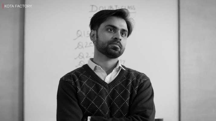 Kota Factory 2: Jeetu Bhaiya returns, watch trailer