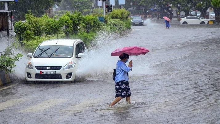 Weather Alert! IMD issues heavy rain warning for Maharashtra