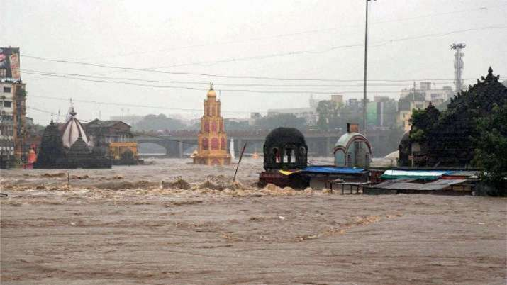 rains, nashik, godavari