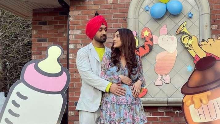 ¿Esperando Diljit Dosanjh, Honsla Rakh de Shehnaaz Gill?  Actualización de acciones de cantante