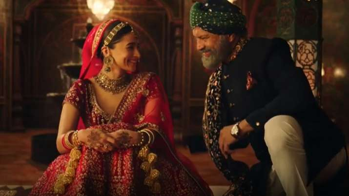 Alia Bhatt's on-screen father Bijay Anand comes out in support of her amidst 'Kanya Maan' controversy