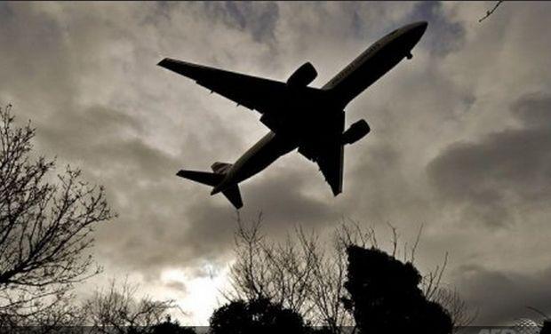 pakistan resumes flight from kabul