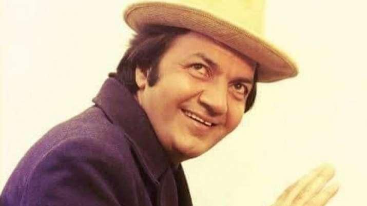 Happy Birthday Prem Chopra: Jinke ghar sheeshe ke hote hain to Prem naam hai mera, actor's evergreen