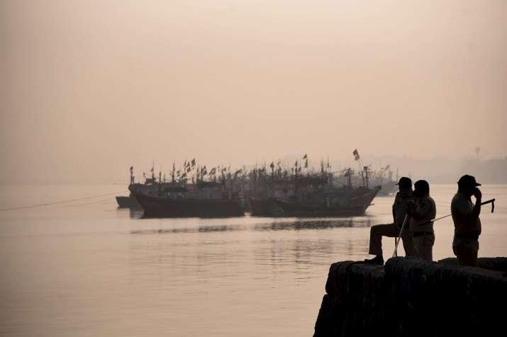 mysterious boat, vasai west, mumbai