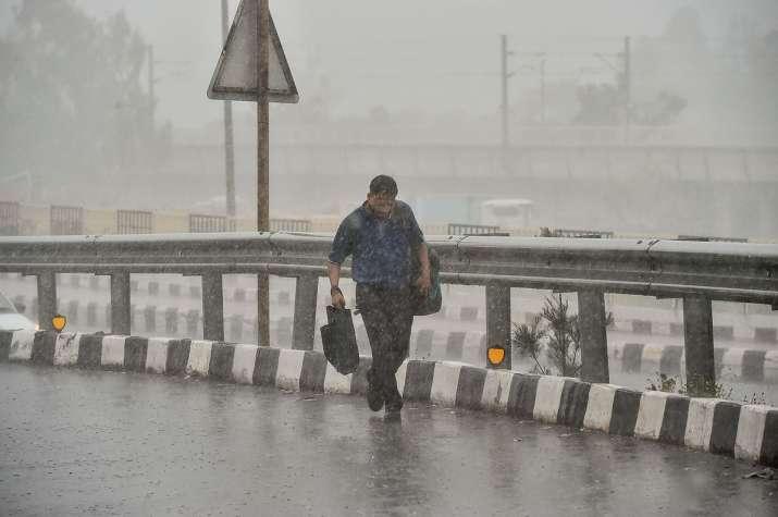 delhi rains likely today