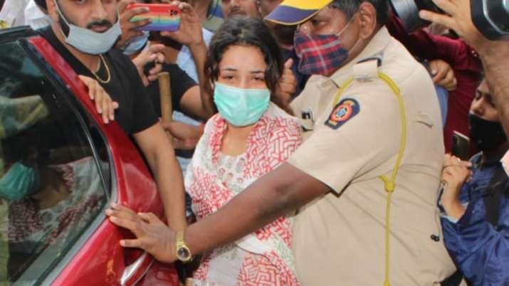 VIDEO: Shehnaaz Gill calls out Sidharth Shukla's name as she runs towards the ambulance