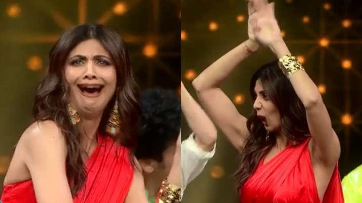 Super Dancer Chapter 4: Shilpa Shetty does 'Naagin' dance with Farah Khan on Desi Girl   VIDEO