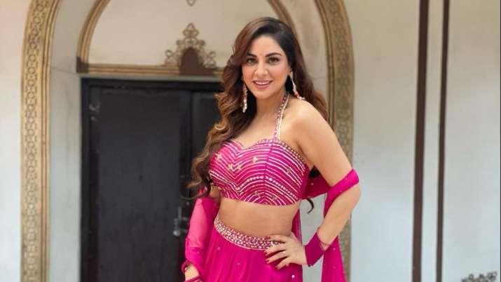 Is Kundali Bhagya actor Shraddha Arya getting engaged?