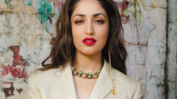 Yami Gautam urges not to differentiate between male, female counterparts while giving reviews