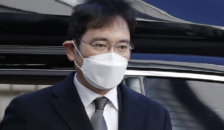 Samsung chief Lee Jae-yong convicted, fined for illegal anesthetic medication use