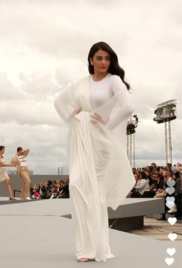 India Tv - Aishwarya Rai's pics from Paris Fashion Week 2021