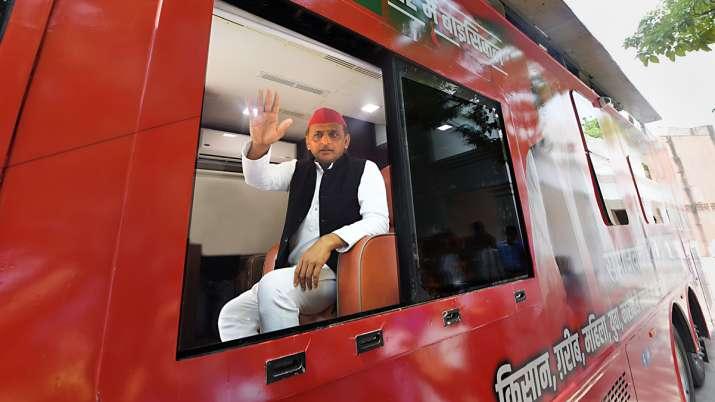Akhilesh Yadav sounds bugle for UP polls, embarks on
