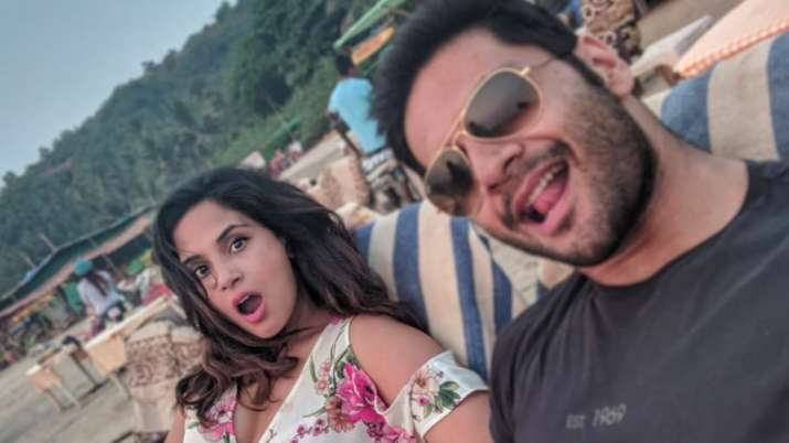 Richa Chadha's epic reply to a Twitter user who said her marriage won't last long