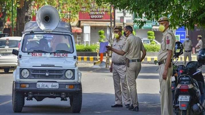 Delhi: Elderly couple, tired of bedridden lives, kills self at their residence, claims suicide note