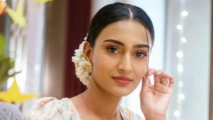Disappointed Erica Fernandes quits Kuch Rang Pyaar Ke Aese Bhi; says, 'Sonakshi was made to look weak'