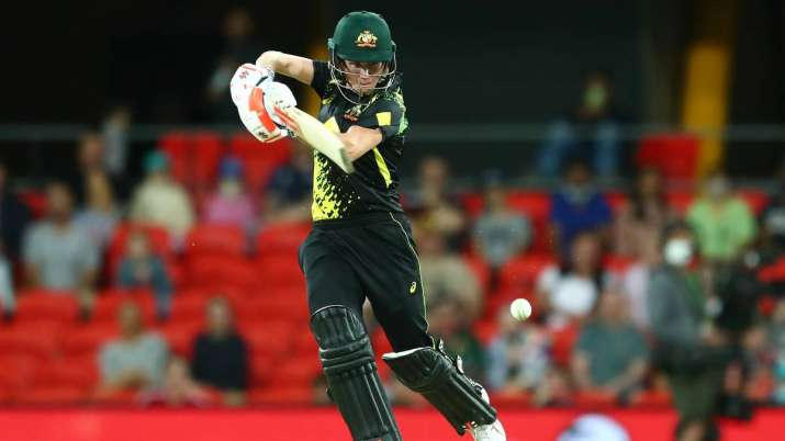 Beth Mooney of Australia bats during game three of the