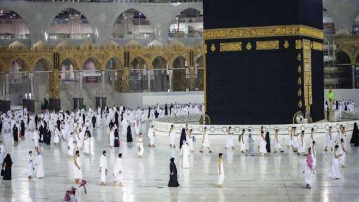 Image Selection for Haj pilgrims to be based on COVID vaccination status: Mukhtar Abbas Naqvi