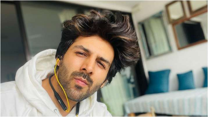 WATCH: Kartik Aaryan shares hilarious video wondering 'how much he eats'