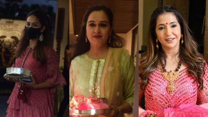 Pics: Mira Rajput, Padmini Kolhapure and others celebrate Karwa Chauth at Anil Kapoor's house